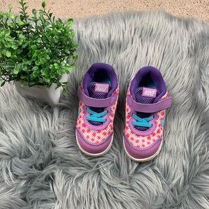Toddler girl Nike's